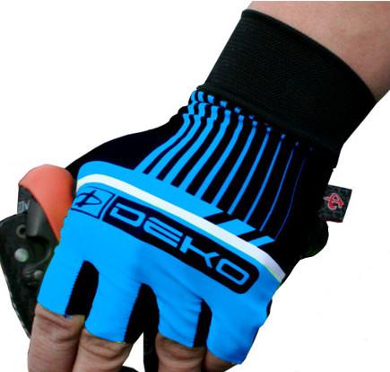 guanti ciclista modello style colore celeste nero