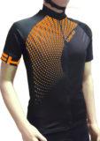 Maglia estiva maniche corte, modello Tech, colore nero/arancio